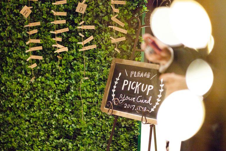 #エスコートカード|結婚式ならBRAPLA|ブラプラ|