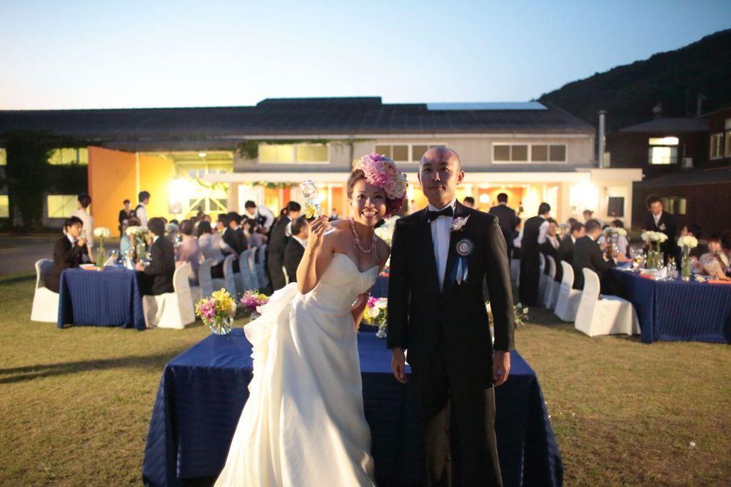 #ガーデンウエディング #結婚式 #ウエディングドレス #タキシード フリープランナーならBRAPLA ブラプラ 